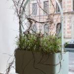 Gro planteringskärl i grå grön, design Mia Cullin