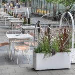 Gro planteringskärl med spaljé, design Mia Cullin. Uteserveringen på Nordic Light Hotel, Stockholm